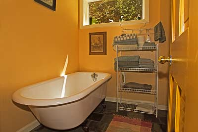 Bathtub in the Riverside Cabin.