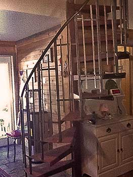 Spiral staircase to loft bedroom