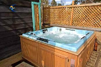 Aspen Hideout Hot Tub